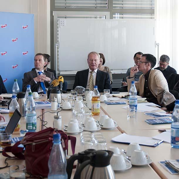 AfD-Gründer Bernd Lucke und Hans-Olaf Henkel, Foto: Emilio Esbardo