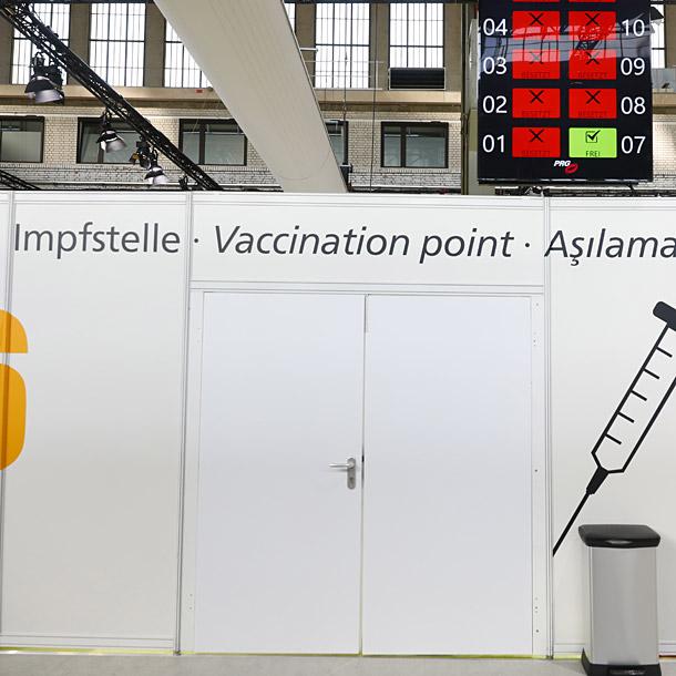Eröffnung 6. Impfzentrum: Impfkabinen, Foto: Michele Tantussi